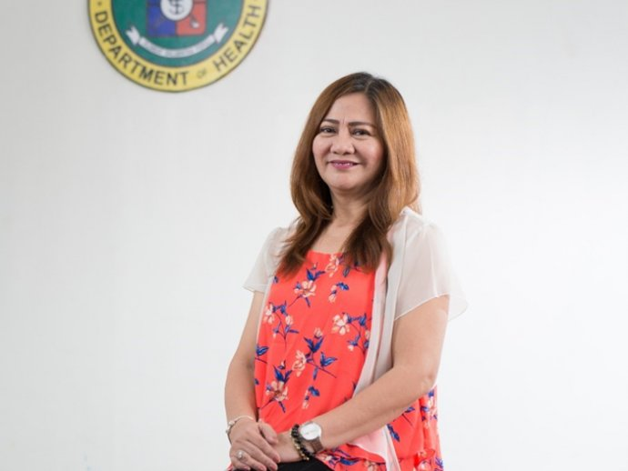 Dr. Leda Hernandez, Division Chief, Infectious Disease Office, National Center for Disease Prevention and Control, Philippines Department of Health, at her office in Manila, Philippines. Photo credit: RTI International/Paolo Pangan.